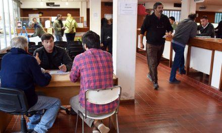 El Intendente recibe a los vecinos en planta baja del municipio