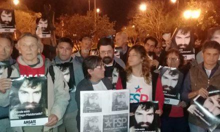 Marcha reclamando la aparición con vida de Santiago
