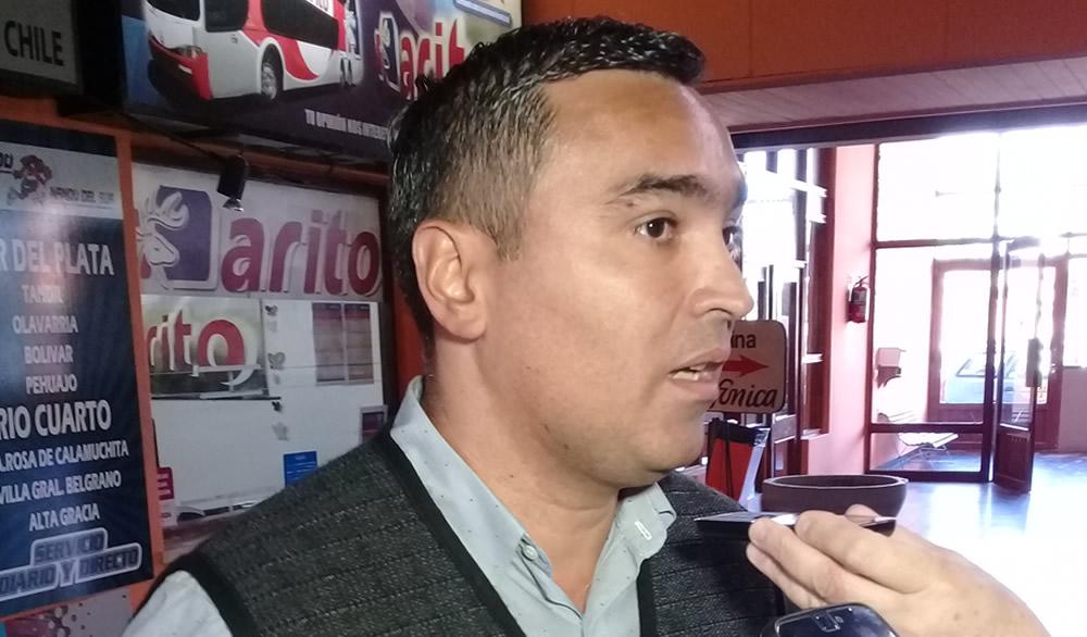 Arito presentó dos unidades y Pablo Dominguez Gerente General estuvo en Rufino