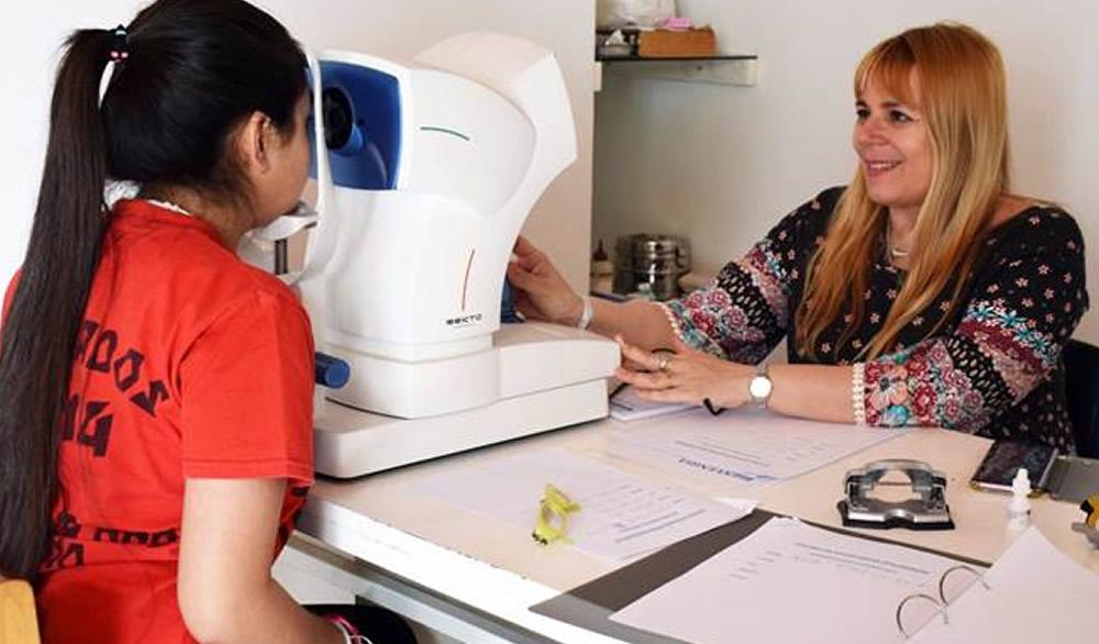 Este 7 de Noviembre atenderá la oftalmóloga a niños gratuitamente