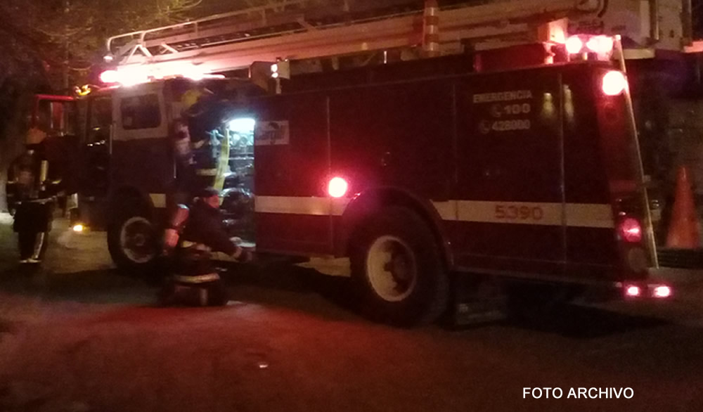Falleció una persona al incendiarse una vivienda precaria