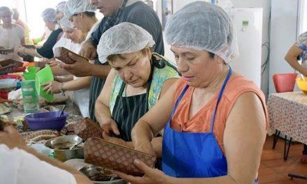 Clase de Cocina con Pan Dulces y Budines