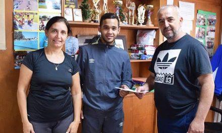 Ayuda al boxeador Maximiliano Márquez
