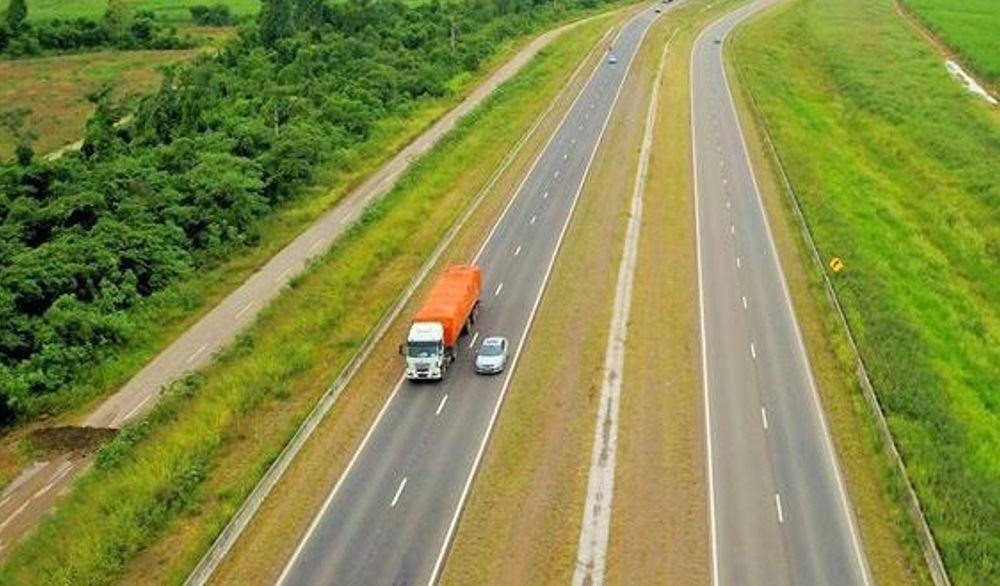 Convocan a Alambradores para Inicio de Obras Autopista 33