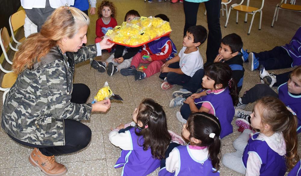 El Jardín 320 donó alimentos al Canil Municipal