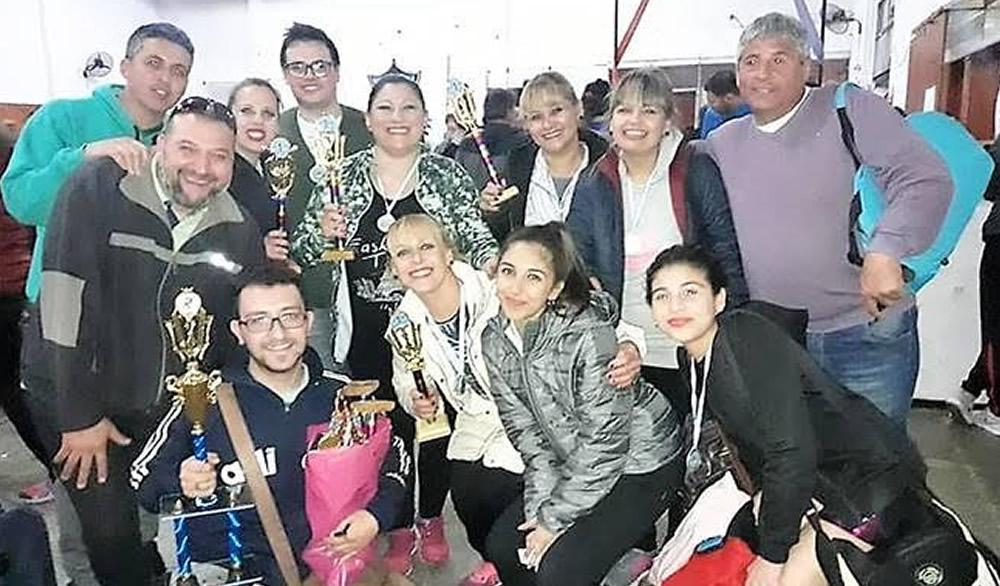Escuela de danzas multipremiada