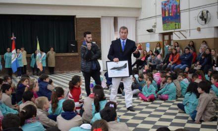 La Escuela N° 6031 de Rufino homenajeó a ex alumnos Veteranos de Malvinas