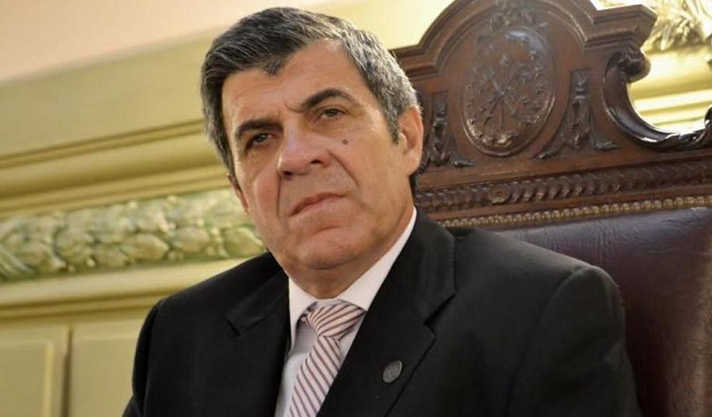 Pieroni preocupado por la faltante de vacunas en Santa Fe
