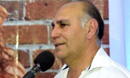 Gustavo Dehesa en campaña