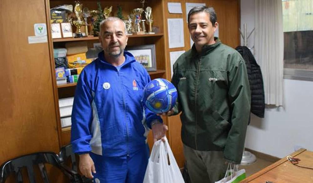 Pelotas y conos para el Club San Martín