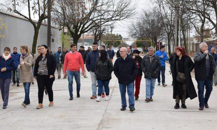 Inauguran pavimento de hormigón en calle Colón