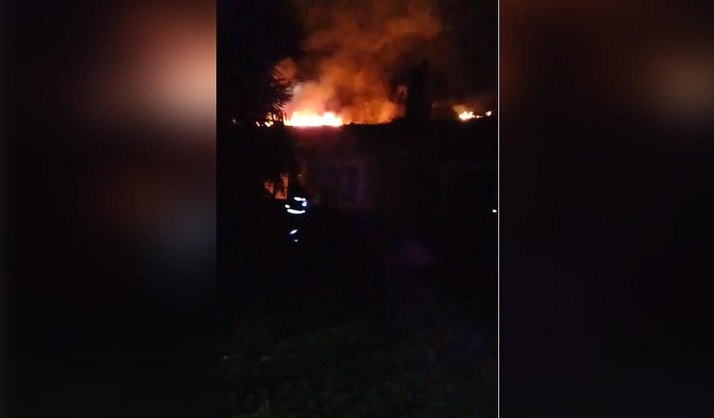 Bomberos prestó ayuda en incendio en la zona de San Gregorio