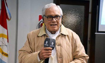 Homenaje al Dr Oscar Parra