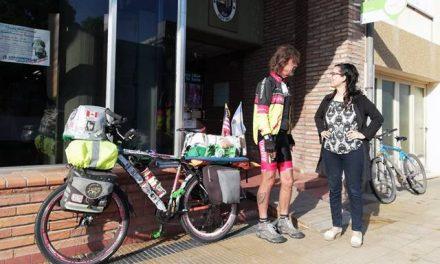 En bicicleta por los derechos de los animales