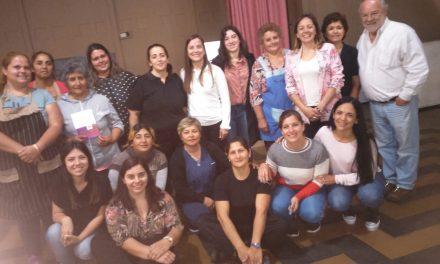 Charla de violencia de género en Aaron Castellanos