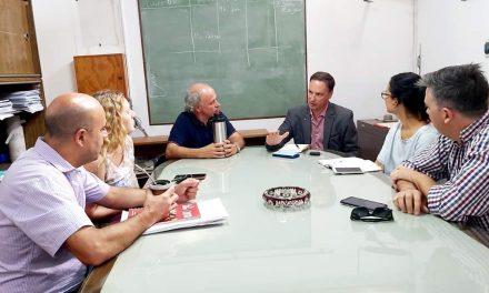 Acompañamiento permanente del senador Enrico a las entidades de la región