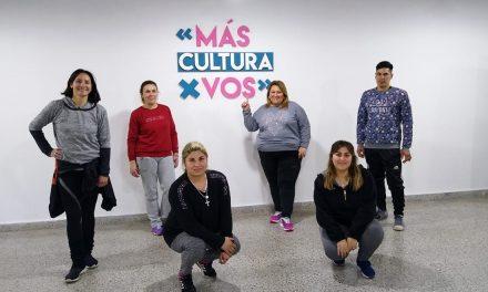 Clases de Danzas en el Centro Cultural Rufino