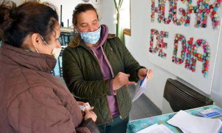 Entrega de semillas de «Huerta Familiar Santafesina»