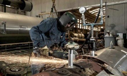 La industria cayó más en los últimos dos años de Macri que durante la pandemia