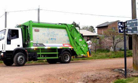 Paro y movilización de trabajadores municipales en Rufino