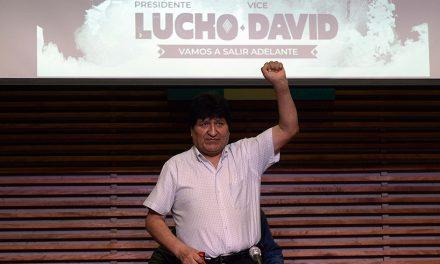 Triunfante, Evo Morales prometió que «tarde o temprano» volverá a Bolivia