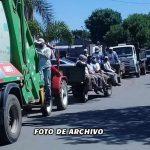 Trabajadores municipales se movilizaron este lunes reclamando el pago de días descontados