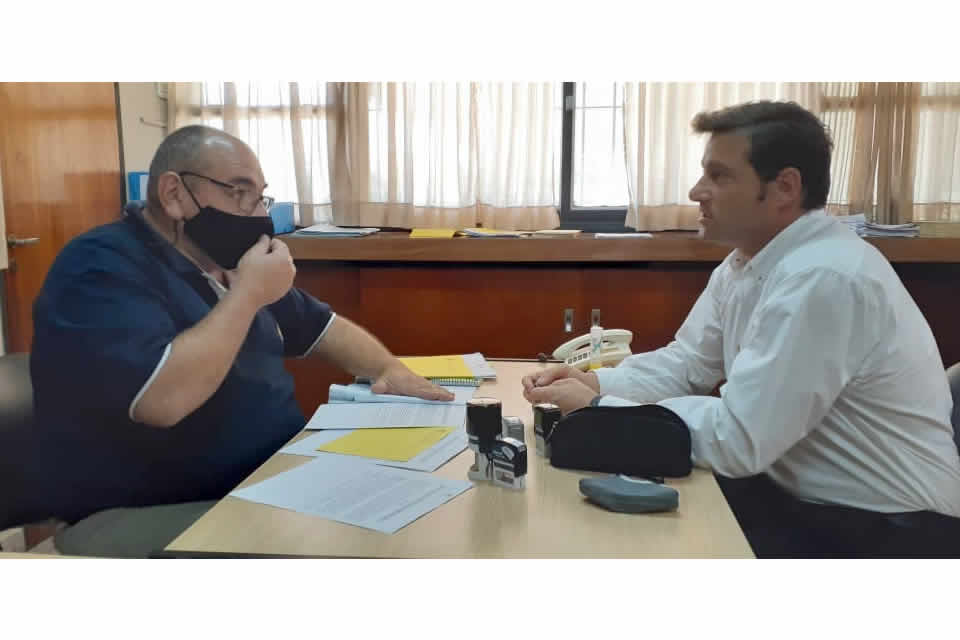 Firma de convenio entre vialidad y municipio
