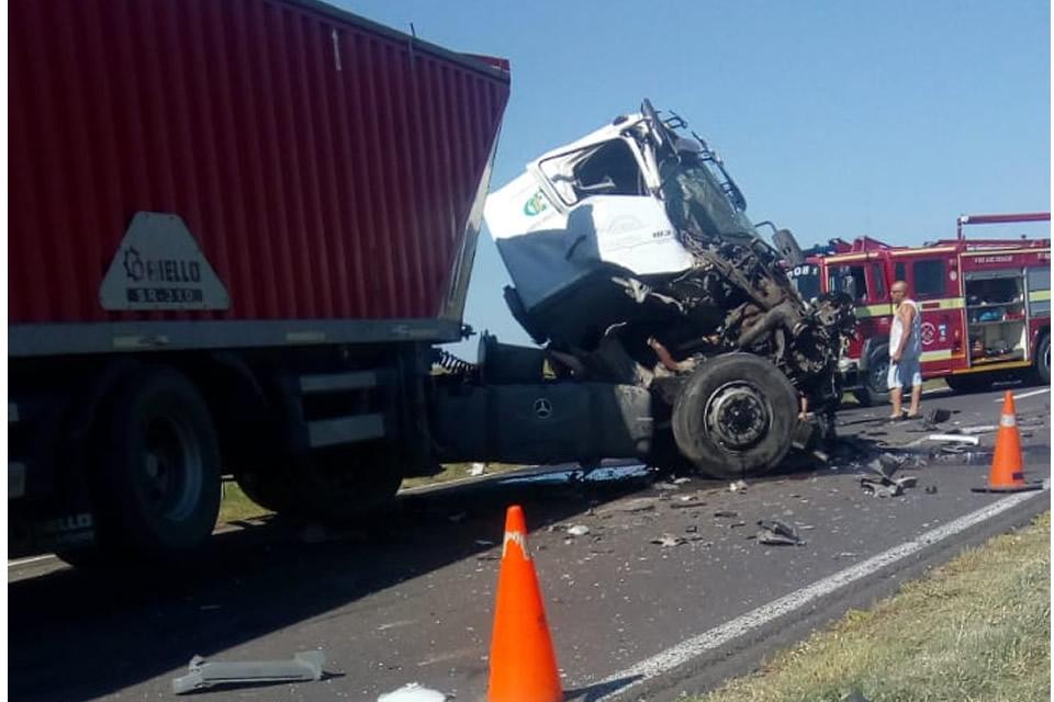 Accidente entre dos camiones sobre ruta 33 a pocos kilómetros de Rufino