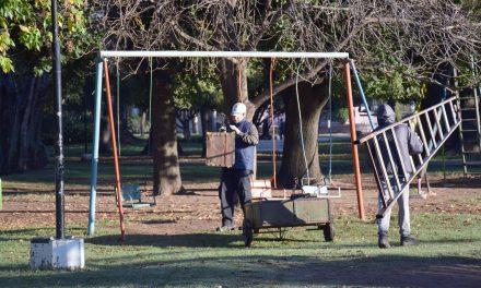 El municipio comenzó el retiro de los juegos articulados en los distintos espacios verdes