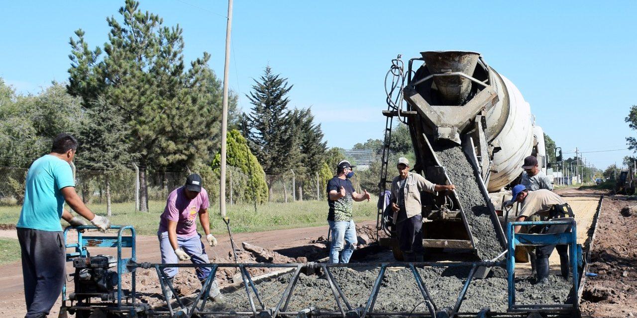 Comenzaron trabajos de pavimentación en área industrial