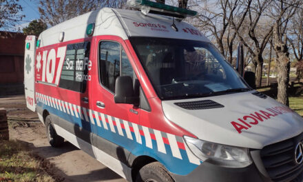 «La nueva ambulancia es un beneficio para la ciudad»