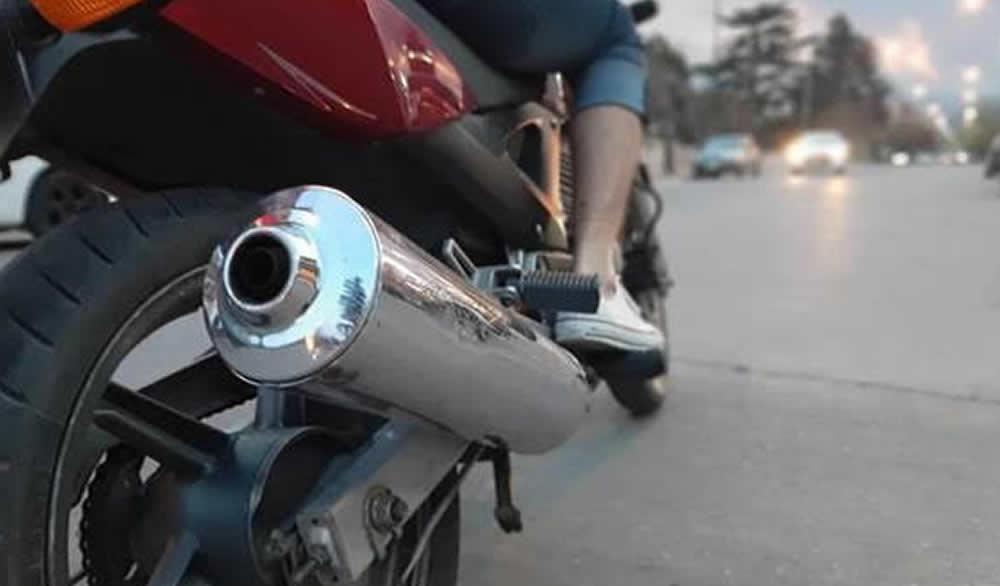 Control a los escapes libres de motos