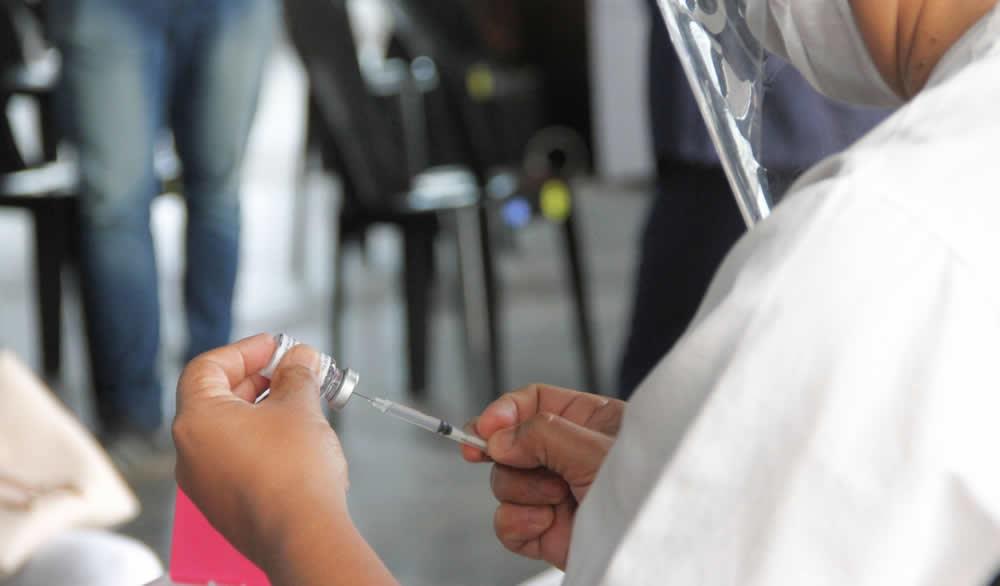 La provincia recibió 67.200 dosis de Astrazeneca