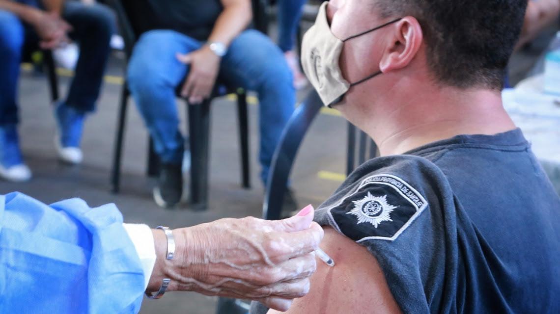 La provincia completará la vacunación contra el Covid19 de todo el personal policial