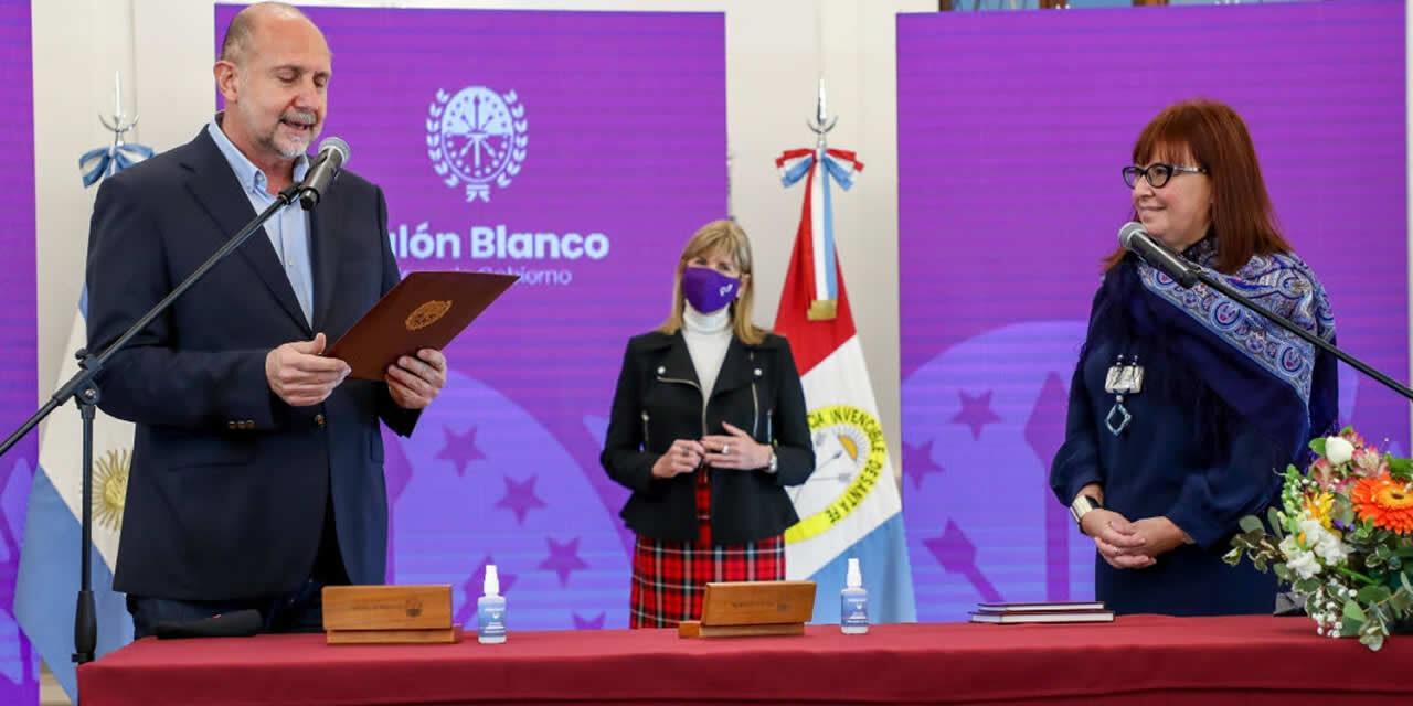 Perotti tomó juramento a la nueva ministra de Igualdad, Género y Diversidad, Celia Arena