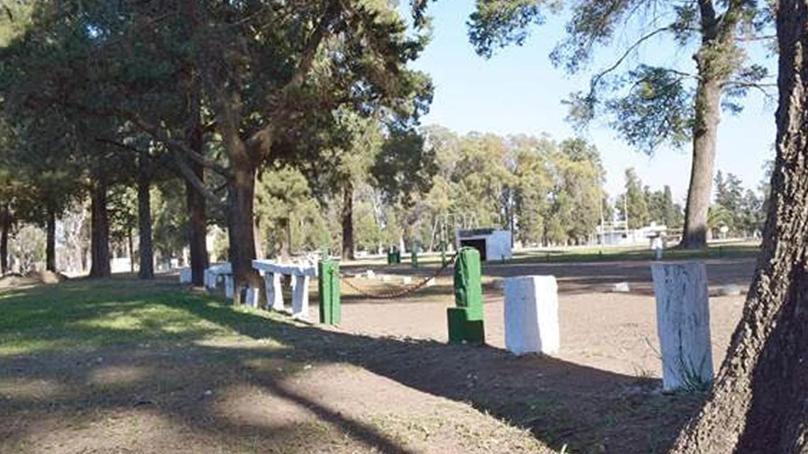 Mantenimiento del parque municipal de Rufino