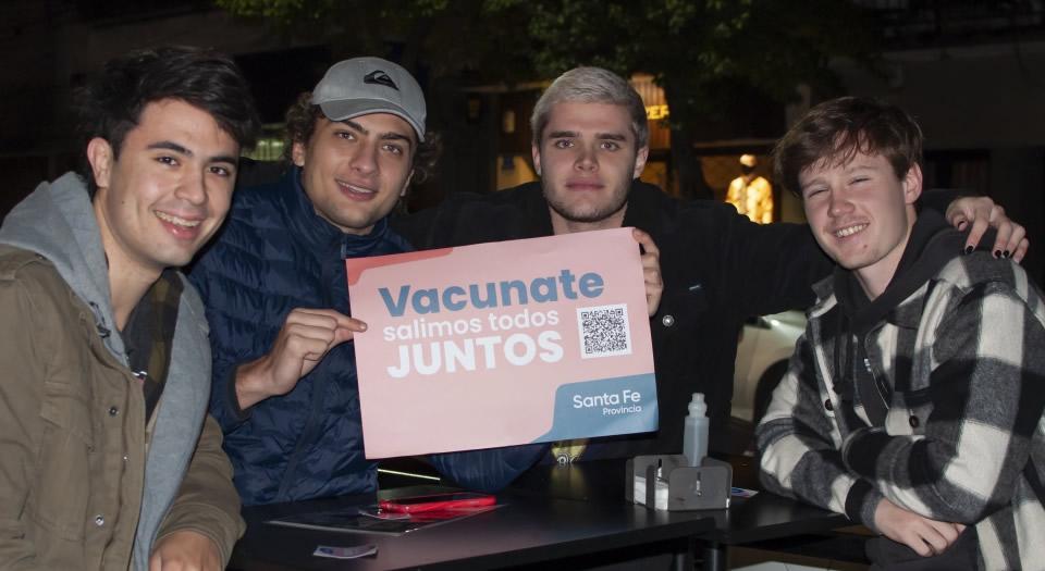 Covid-19: la provincia profundiza la búsqueda de personas de 18 a 29 años para que se sumen a la campaña de vacunación