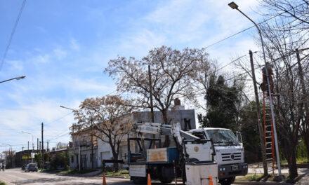 Conexión de Luminarias en Barrio Gral San Martín