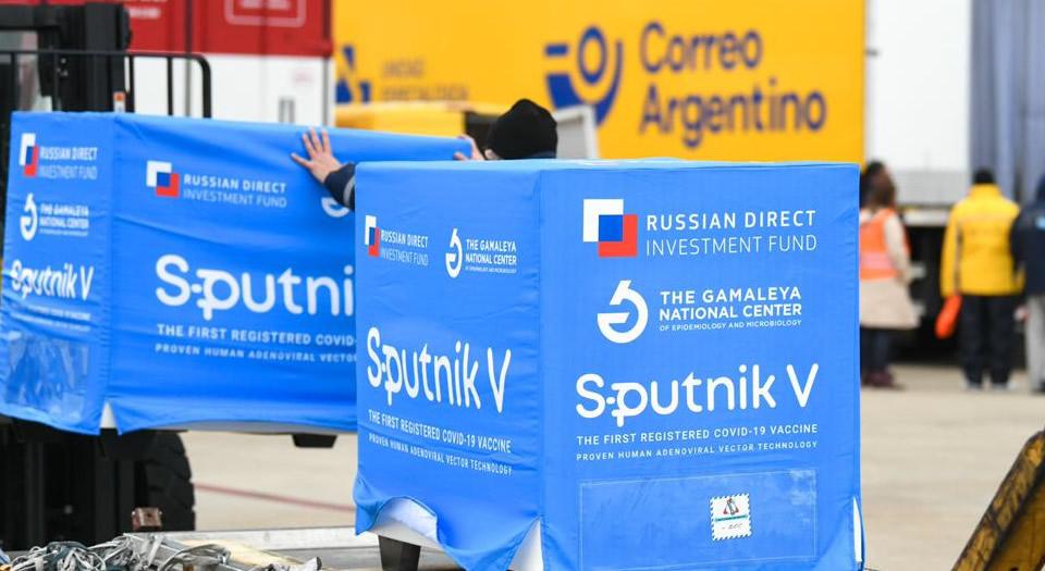 Comenzó la distribución de un millón de dosis de Sputnik V producidas en Argentina