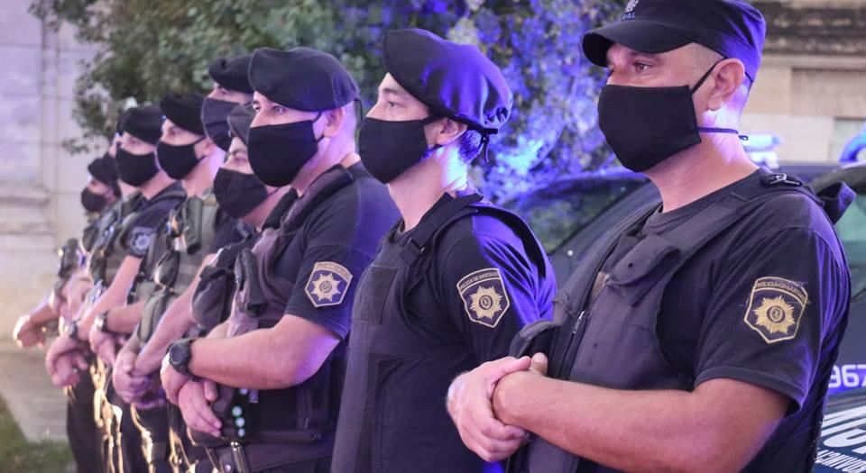 La provincia otorga un suplemento especial para reponer los uniformes policiales