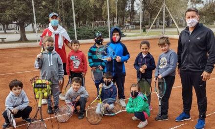 Comenzaron las clases de Tenis